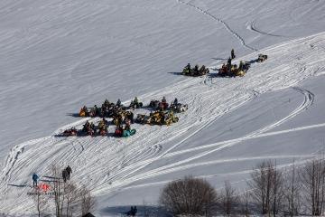 Ski-doo Steilhang-Vergleichsfahrt
